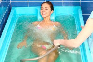 подводный душ-массаж показания и противопоказания