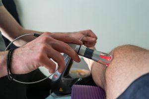 Лечение суставов лазером лфк при замене тазобедреного сустава